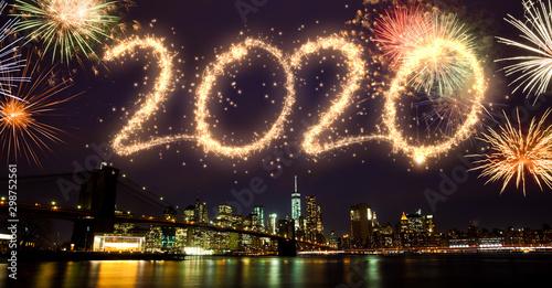 Fototapeta 2020 Fireworks over New York obraz