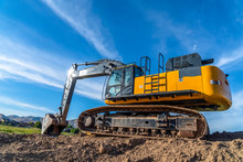 Yellow Excavator With Continuo...
