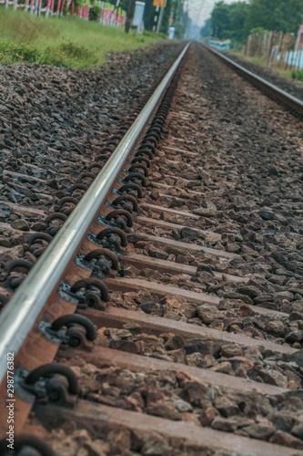 Poster Voies ferrées railroad tracks to horizon
