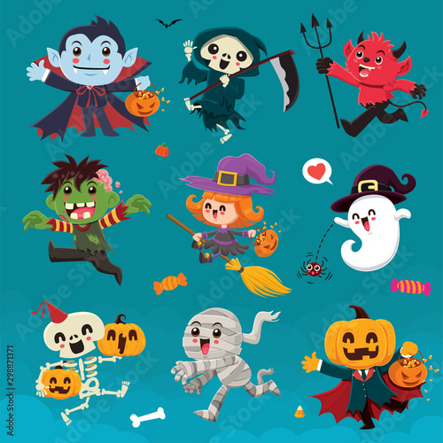Hibou Vintage Halloween poster design with vector vampire, reaper, demon, witch, zombie, ghost, skeleton, mummy, pumpkin, jack o lantern, character set.
