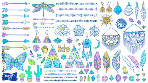 Foto auf Gartenposter Boho-Stil Boho doodles set. Ethnic. Tribal. Bohemian style. Feather. Arrows. Crystal. Macrame. Ornaments. Fashion. Trendy sketches collection.