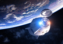 Commercial Spacecraft With Ope...