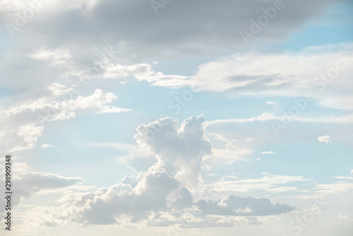 Foto auf Gartenposter Licht blau cloud and blue sky background