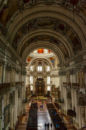 Deurstickers Antwerpen Indoor Salzburg cathedral (Dom zu Salzburg ), in the heart of the historic center of the city, masterpiece of early baroque art . View from above.
