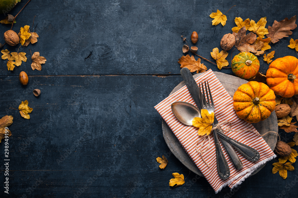 Fototapety, obrazy: Thanksgiving background with cutlery, pumpkins and dry leaves