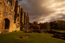 Ruin Of Medieval Bolton Abbey ...