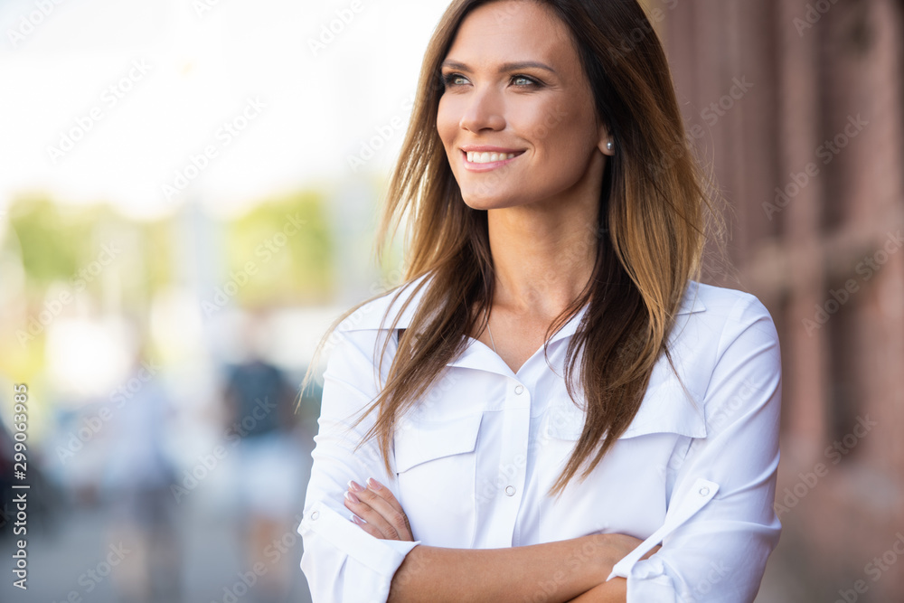 Fototapety, obrazy: Portrait of a successful business woman smiling