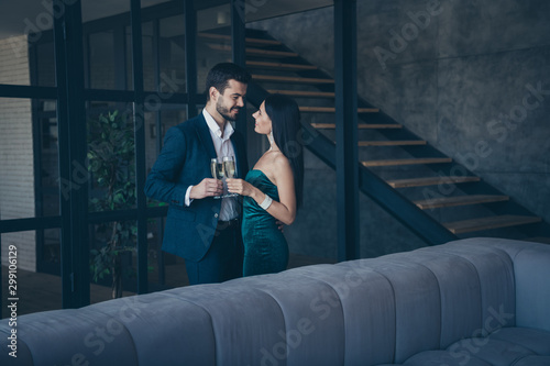 Cuadros en Lienzo  Profile photo of two classy stylish trendy people couple wealthy guy and lady st
