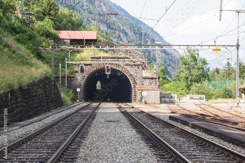 Foto auf Leinwand Eisenbahnschienen bahnhof wassen
