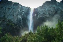Beautiful Bridalveil Falls In ...