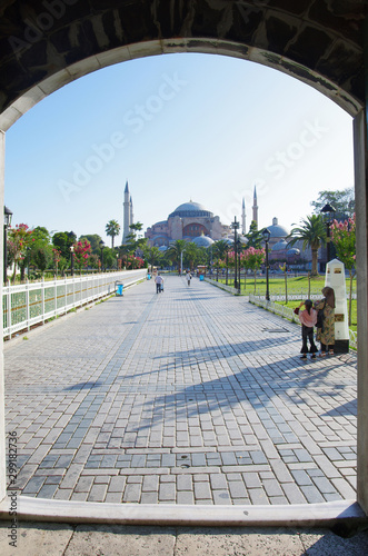 Fényképezés  The Hagia Sophia framed by the entrance to the Blue Mosque, Sultanahmet, Istanbul, Turkey