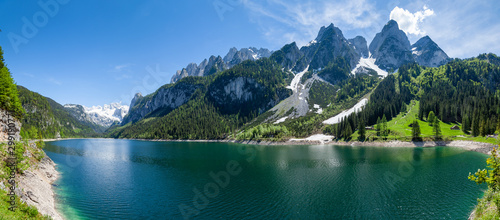 Fototapeta Famous Lake Gosau and Gosaukamm with Mount Dachstein