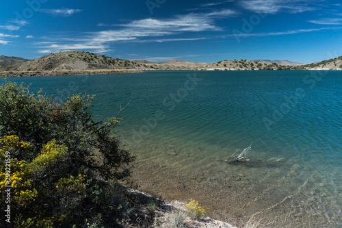 фотография View of Bill Evans Lake near Silver City, New Mexico.