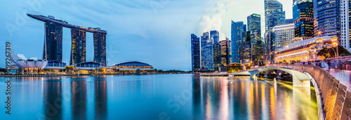 Photo  Panorama Cityscape sunset of Singapore
