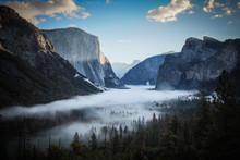 Yosemite Valley From Tunnel Vi...