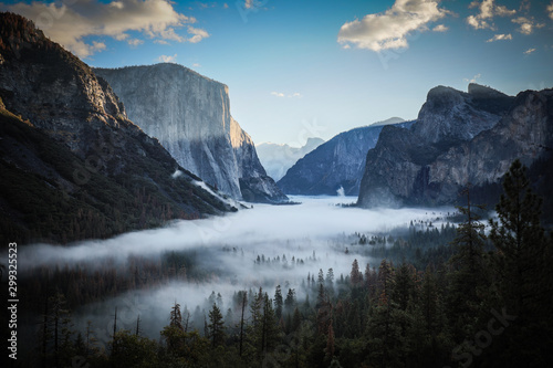 Yosemite Valley from Tunnel View in USA Canvas Print