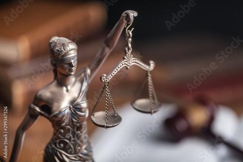 Law. Fototapet