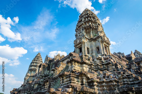 Photo Stands Place of worship Ancient temple complex Angkor Wat, Siem Reap, Cambodia.