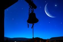 Bell In Temple .  Beautiful Ni...
