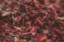 Guardar Descargar Vista Previa Dried Flower Petals And Leaves As Background. Natural Confetti. Rose And Lavender Died Petals As Texture.