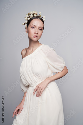 Poster womenART Woman in white greek dress with flowers on her head