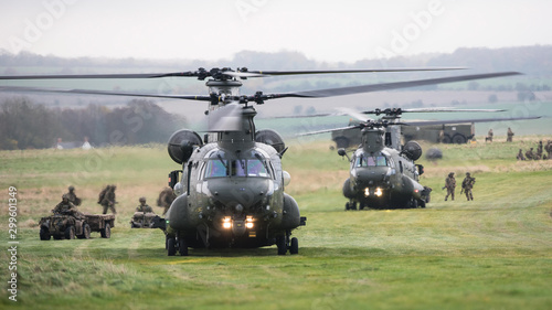 Deurstickers Helicopter Chinook helicopters are loaded during a military exercise on Salisbury Plain