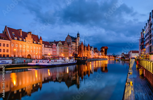 Foto op Canvas Brugge Sightseeing of Poland. Cityscape of Gdansk old town with beautiful reflection in the water, night view