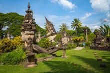 Buddha Park Xieng Khouane In V...