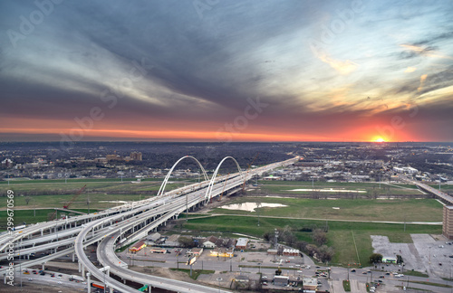 Autocollant pour porte Amérique du Sud Aerial View of Freeway Bridge and Greater Dallas Suburbs at Sunset - Dallas, Texas, USA