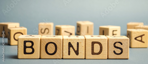 Photo Wooden blocks with the word Bonds
