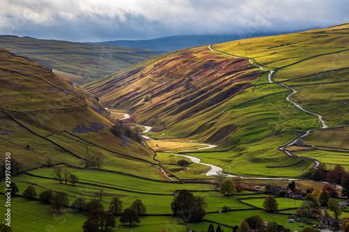 Fototapeta The valley from Arncliffe