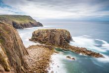 Enys Dodnan Rock Formation At ...