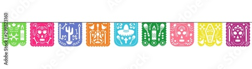 Foto Colorful papel picado garland for Dia de los muertos holiday celebration