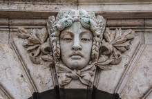 Elements Of Sculpture On The F...