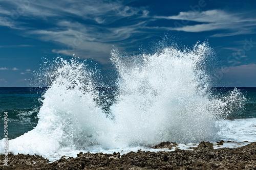 Blow holes at the coast of Grand Cayman Island.. Tapéta, Fotótapéta
