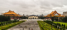 Taipei, Taiwan - December 24th, 2018: View Over The Impressive Liberty Square With The Natinal Theatre And The National Concert Hall To The Main Gate At A Cloudy And Rainy Day.