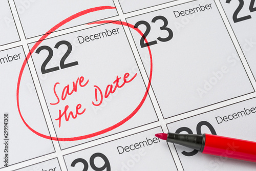 Tela  Save the Date written on a calendar - December 22