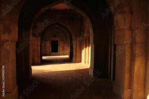 Obraz old mosque interior - fototapety do salonu