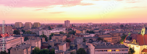 Montage in der Fensternische Rosa hell Sunrise over Bydgoszcz, Panorama of the city
