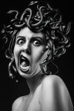 Medusa Gorgon Screaming
