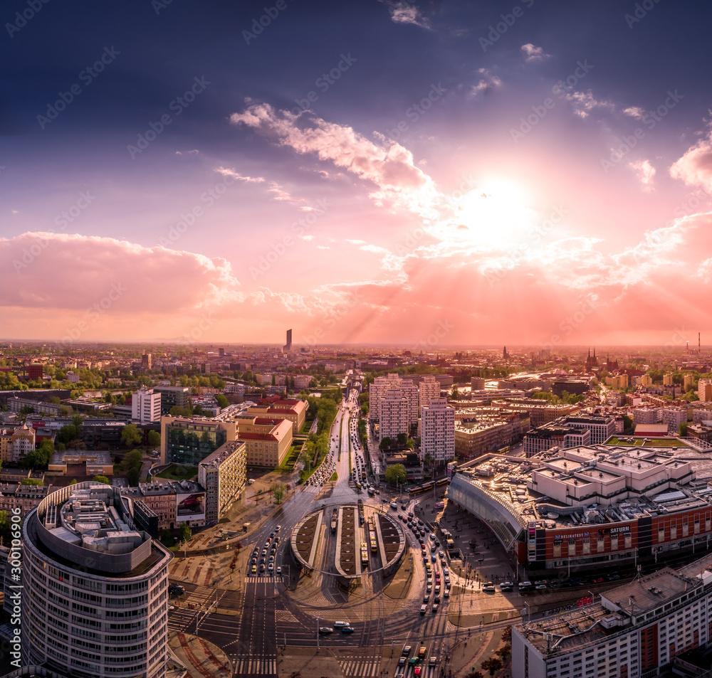 Fototapeta Rondo Reagana we Wrocławiu widok z powietrza