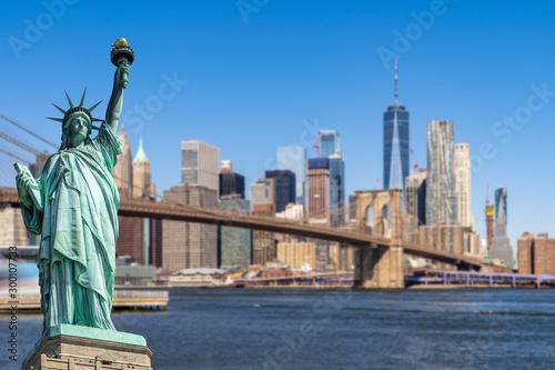 Montage in der Fensternische Brooklyn Bridge Brooklyn bridge New York