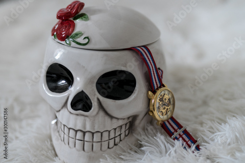 Photo santa muerta captain - skull, watch