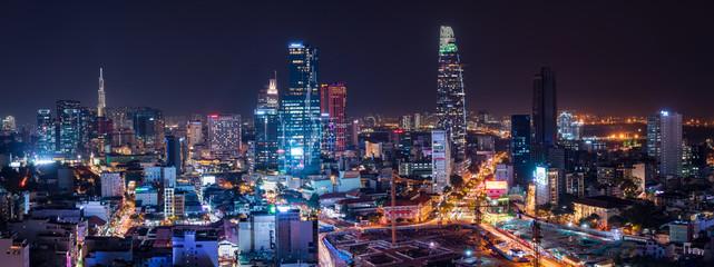 Pejzaż miejski Ho Chi Minh miasto, Wietnam przy nocą