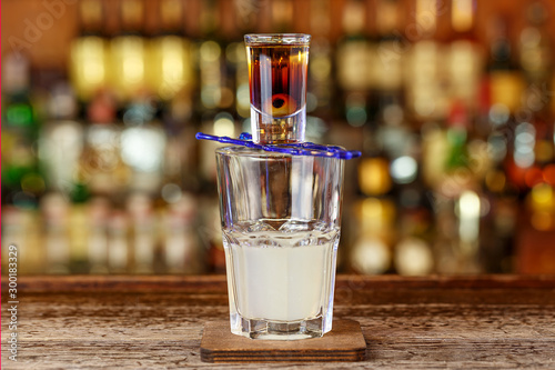 Fototapeta Extreme cocktail at the bar