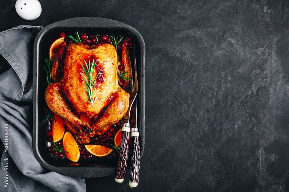 Fototapety, obrazy: Thanksgiving baked chicken or turkey with spices, oranges and cranberries