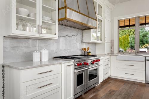 Obraz Kitchen detail in new luxury home - fototapety do salonu