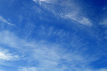 Streaky Cloud Formation In Por...