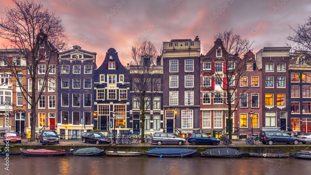 Fényképezés Canal houses on the Brouwersgracht in Amsterdam in vintage toning