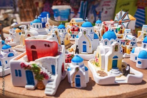 Fototapeta ギリシャ・サントリーニ島の土産物露天商 obraz